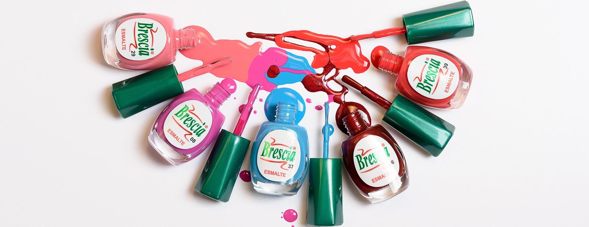 Esmaltes de uñas de larga duración - acabado profesional